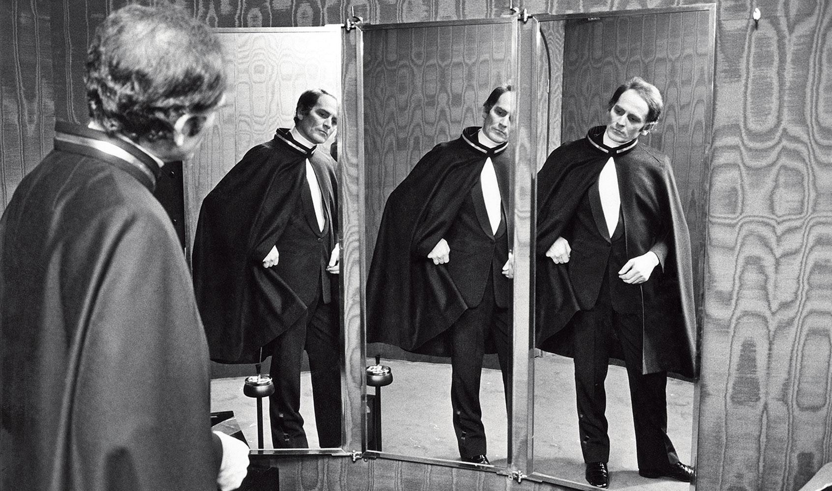 Pierre Cardin allo specchio